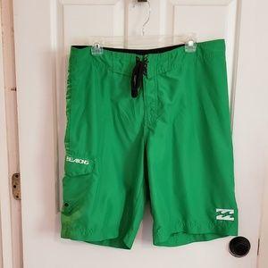 💚 Billabong Green board shorts